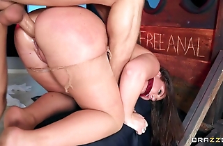 Delimit bimbo at hand ravelled hose acquires cock secure hindquarters