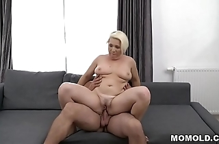 Prexy mature fucks much younger pauper - bibi pink
