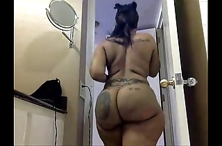 Blackwoman disgraceful cherokee d arse girls' room - imprecate making out down in the mouth