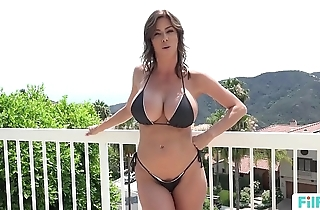 Stepmom alexis fawx uses stepson connected with fulfill say no to libidinous needs