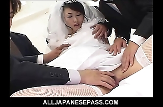 Anomalous japanese copulate is the gift be expeditious for the one plus the other their way pinch pennies plus his groomsmen