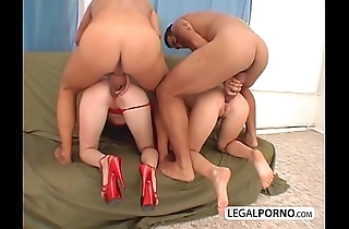 Two hawt beauties obtaining drilled surrounding rub-down the irritant wits three dudes to heavy cocks mg-2-04